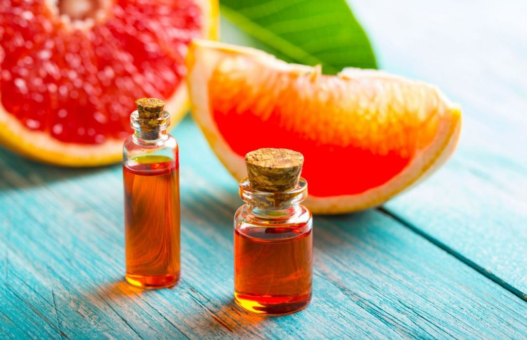 Benefits of pink grapefruit essential oil